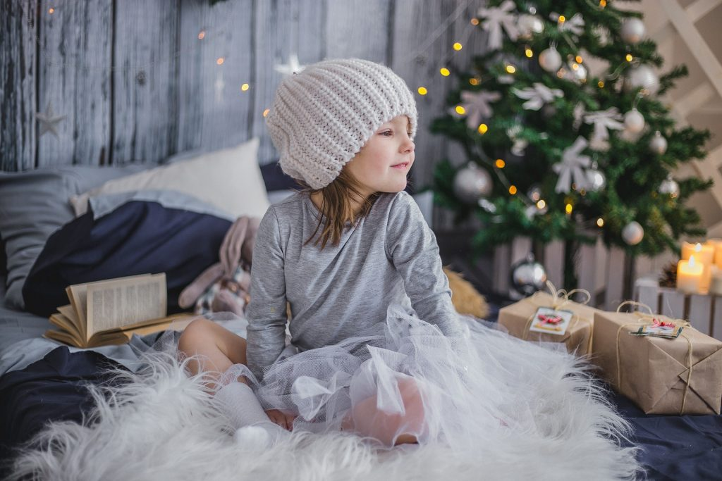 How to Make the Holidays Magical as a Divorced Parent